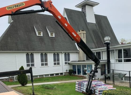 Steep pitched roofs last longer in Ontario climate